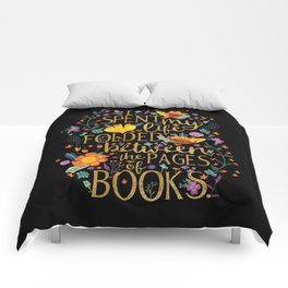 Folded Between the Pages of Books - Floral Black Comforters