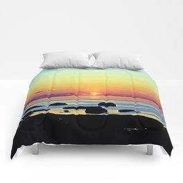 Summer's Glow Comforters