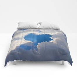 Eclipse Day Heart 2017 Comforters