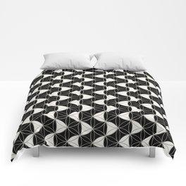 Waves Pattern Black-White Comforters