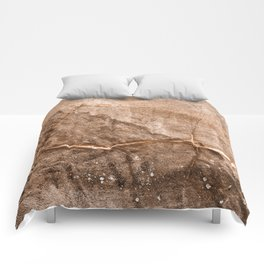 Tectonic Lightning Dance Comforters