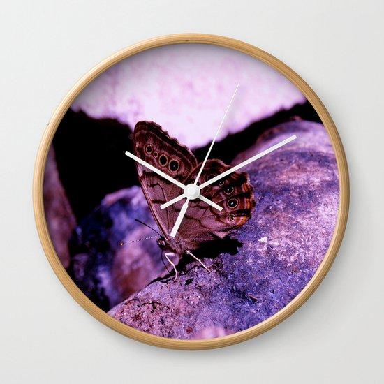 Simplistic Beauty Wall Clock