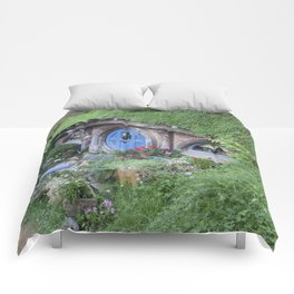 House in the Hill Comforters